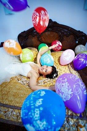Hochzeitsstreich mit Luftballons