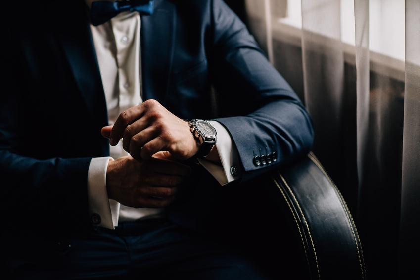 Asiatische Ehefrau-Ehemann-Uhren