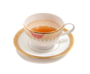 Teetasse mit Rückständen