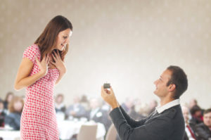 Heiratsantrag vor Publikum