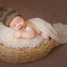 Anleitung: So stricken Sie eine Babymütze selbst