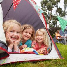 Camping mit Kindern: Tipps für Ihren Familien-Zelturlaub