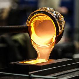 Glas-Herstellung: Wie entstehen Trinkgläser, Weingläser & Co.?